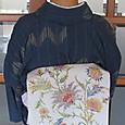 薄水色地に唐花模様の染帯に琉球紬